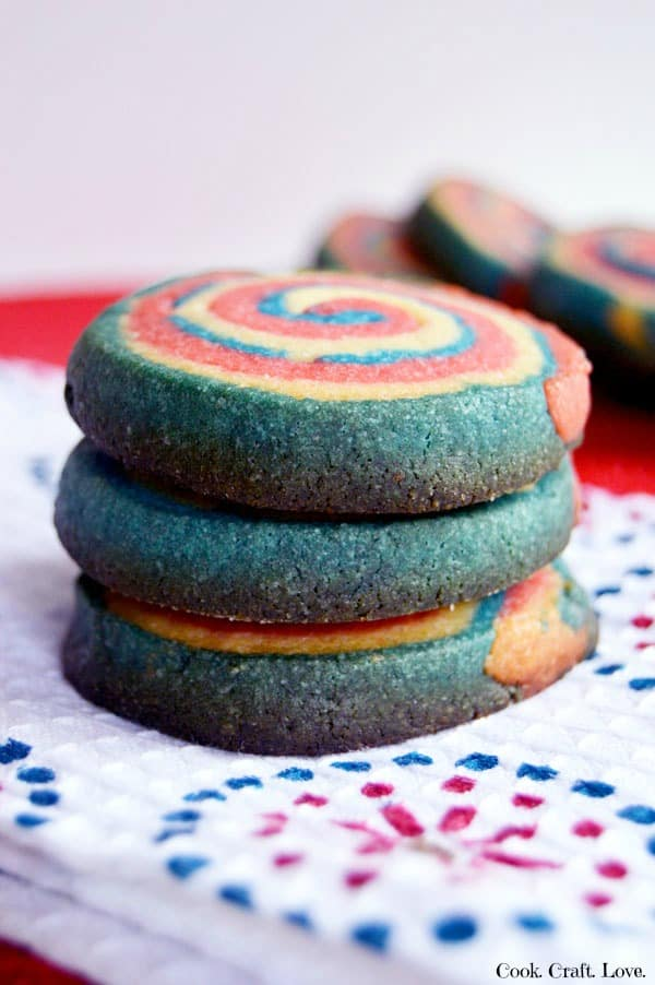 These patriotic swirl cookies are perfect for the 4th of July and definitely worth the effort! You'll never believe the secret to getting a perfect swirl when you cut it!