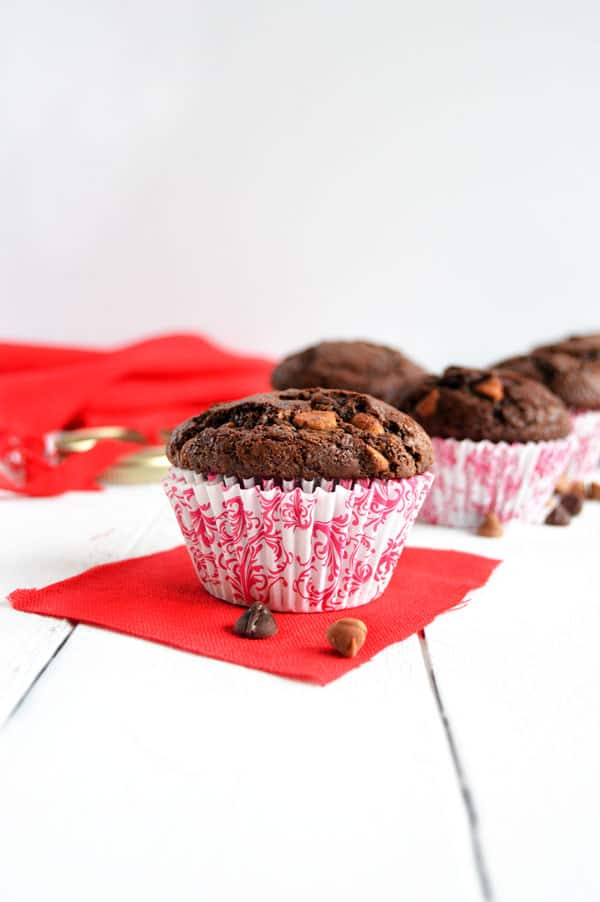 Share the love with friends, family, and neighbors near and far with a jar of muffin mix!