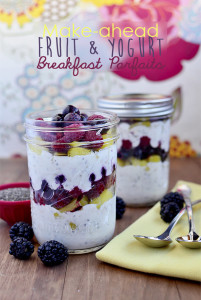 fruit yogurt breakfast parfait