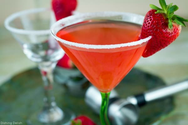 This Strawberry Shortcake Martini promises to be a piece of cake in a glass! Enjoy this sweet summer cocktail while relaxing on the patio in the late summer sun