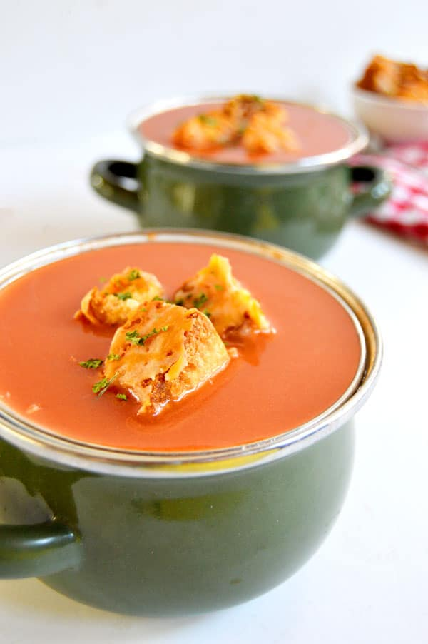 Enjoy this crouton twist on a cold weather comfort food: grilled cheese!