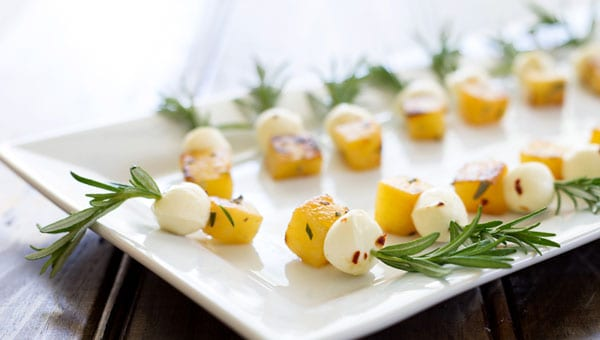Pineapple-and-bocconcini4