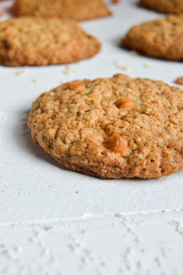 Crispy crunchy oatmeal cookies are peppered with butterscotch chips and the size of your hand! You won't want to share these jumbo oatmeal cookies with anyone!