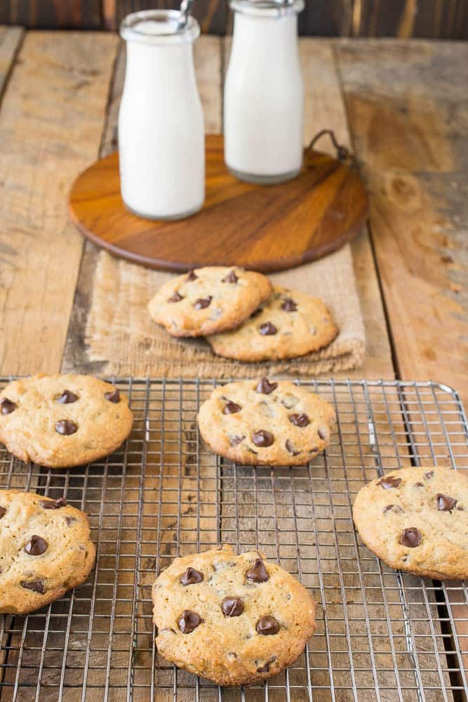 Peanut-butter-chocolate-chip-cookies-1