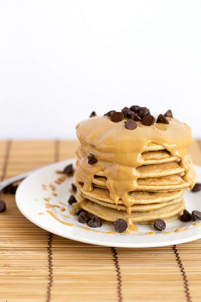 peanut-butter-chocolate-chip-pancakes-2
