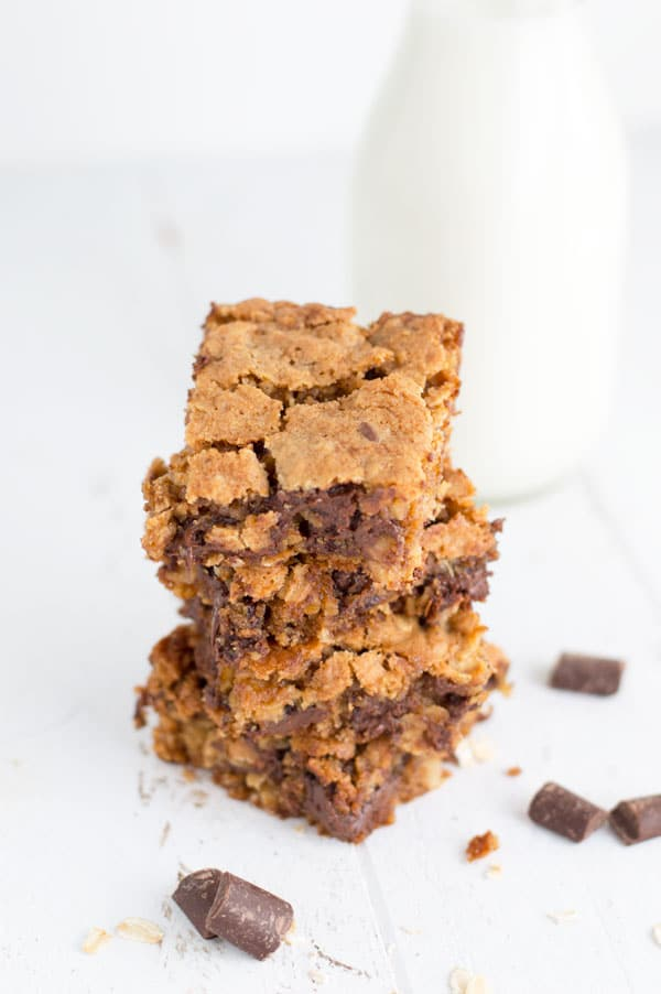 Oatmeal chocolate chunk bars deliver a gooey chocolate flavor with a hint of cinnamon and the perfect crunch from the oatmeal.