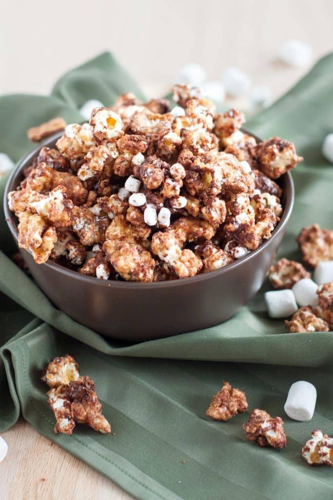 easy-smores-caramel-corn-683x1024