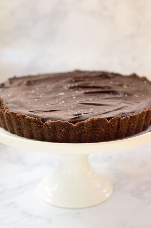 Salted caramel and milk chocolate come together perfectly in this creamy, decadent chocolate salted caramel tart!