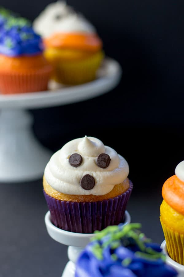halloween cupcakes three ways are fun and simple halloween treats sure to satisfy halloween lovers of