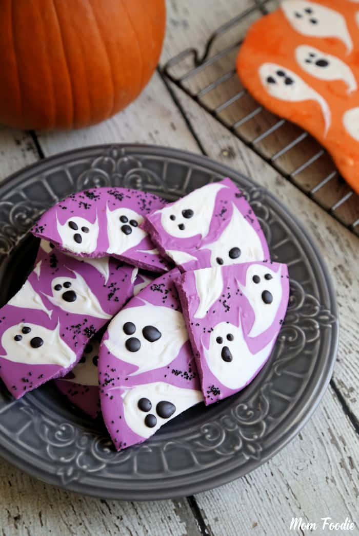 Halloween-Ghost-Candy-Bark-3